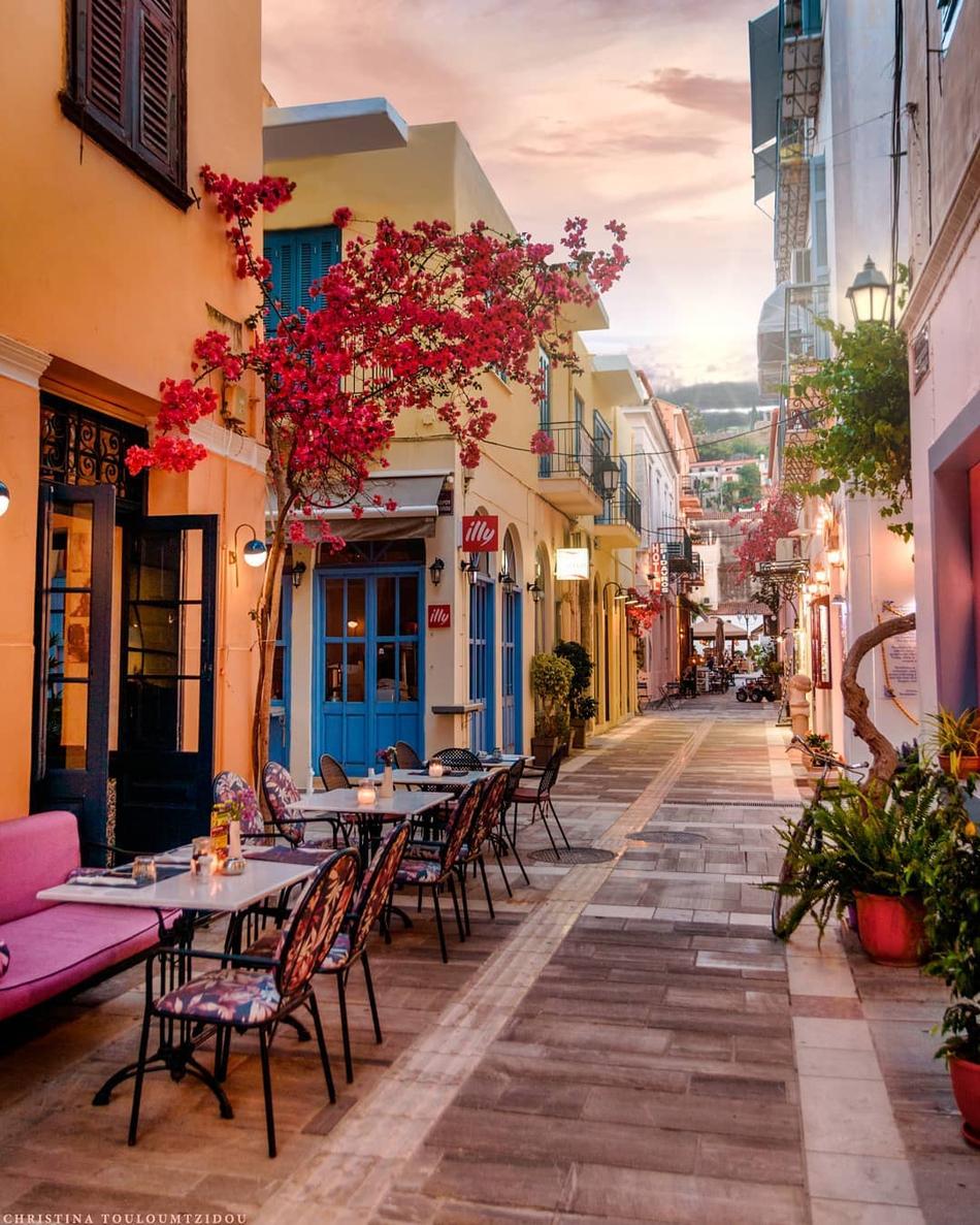 祥和安静的街头小景 唯ζ美的希腊小巷