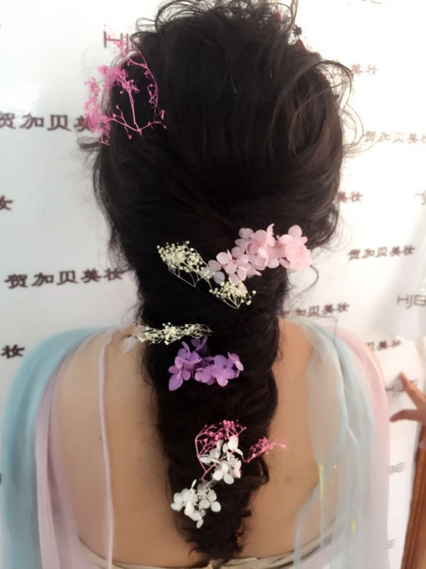 新娘 鲜花造型图片
