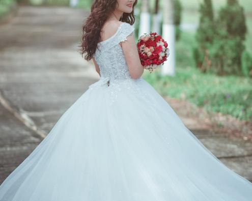2019外景婚纱摄影应该怎么选择?