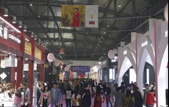 蓉城新人:個性、創意、定制 | 中國婚博會成都站