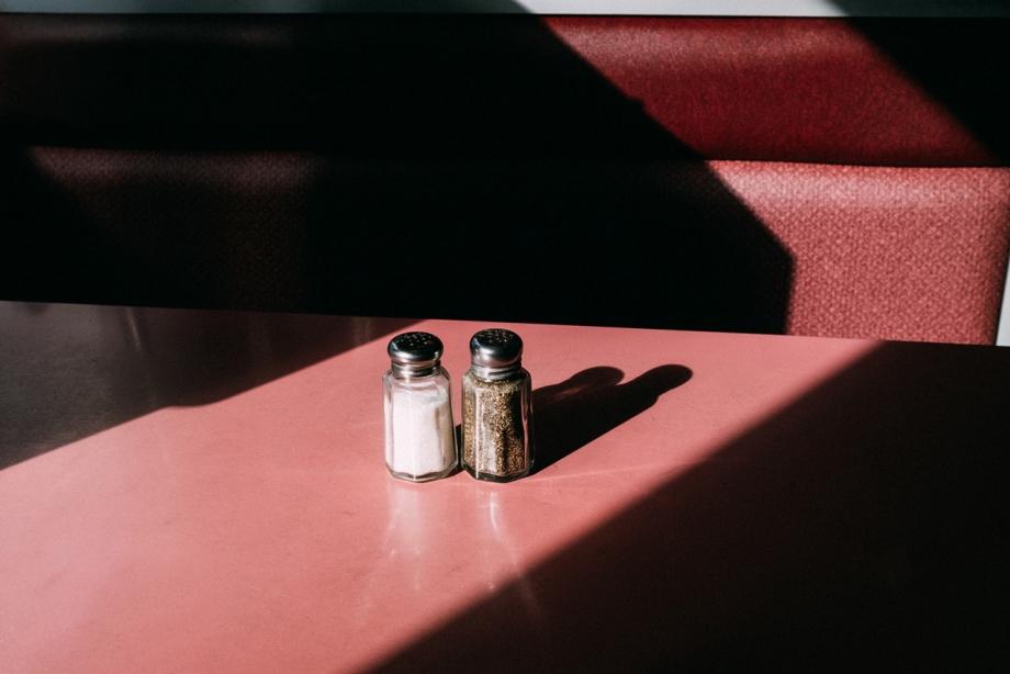 光影捕捉细腻情调 柔和色彩记录惬意生活