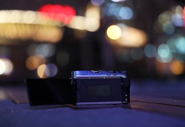 用光作笔将夜当纸 如何拍摄有趣的光绘照片