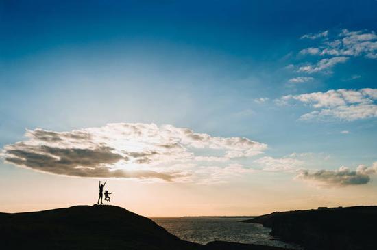 阳光的味道 这些妙招帮你拍出海滨剪影大片