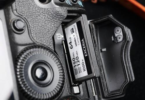 買相機送的存儲卡夠用嗎 請問存儲卡我該怎么選