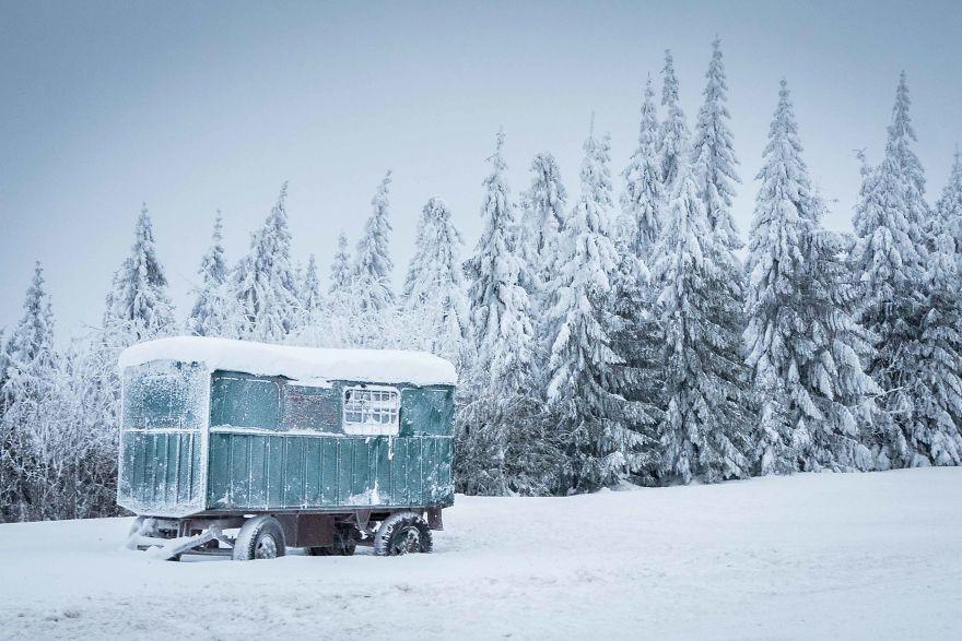 銀裝素裹的冰封世界 遇見冬季的羅馬尼亞