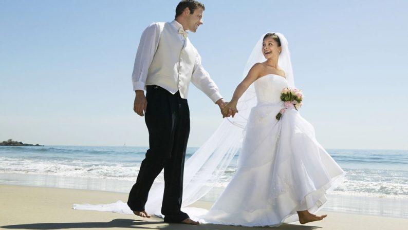 三亚大小洞天婚拍基地落成,助力婚庆蜜月旅游布局