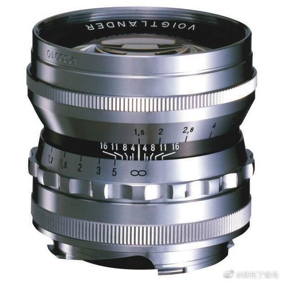 復古到底 福倫達將帶來兩款復刻版50mm F1.5鏡頭