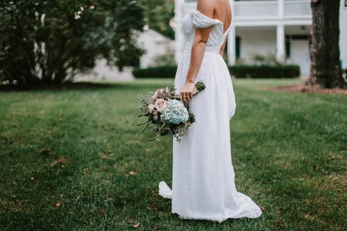"""婚紗攝影不再是""""戀人""""專屬,單身婚紗照越來越個性"""