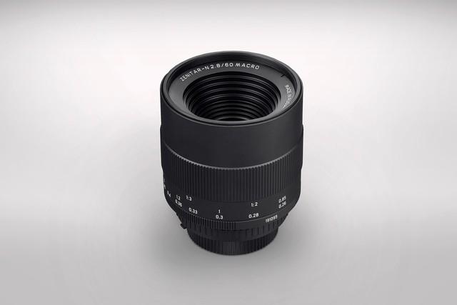 俄罗斯厂家Zenit发布60mm镜头 配电子调节光圈